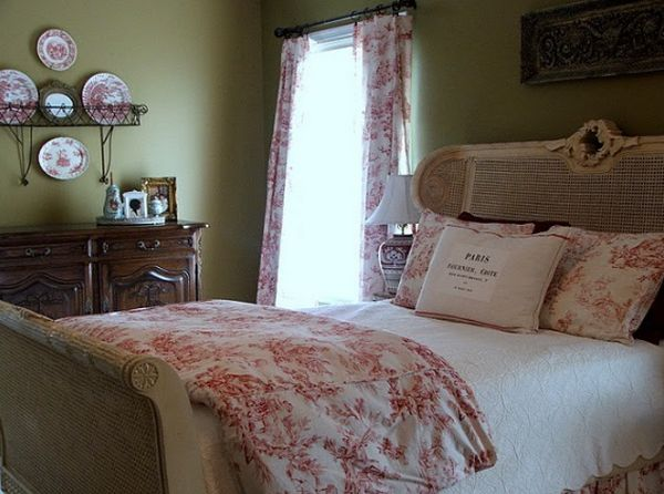 4 Ideas For A Romantic Bedroom