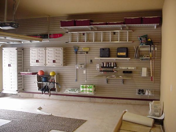 https://cdn.homedit.com/wp-content/uploads/2010/11/garage-design-ideas.jpg