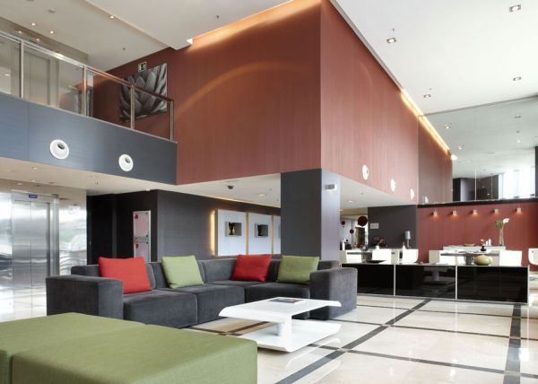 aqua hotel valencia lobby design