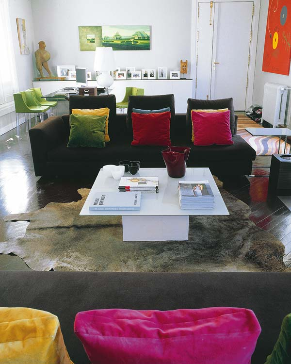 Modern apartment in retiro park madrid for Bathrooms in retiro park