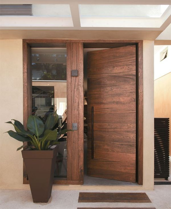 Metallic Or Wooden Front Door? Which One Do You Prefer?