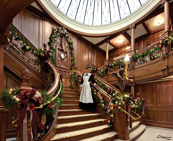 add cheer to your staircase - Decorating Your House For Christmas