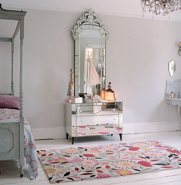 View In Gallery An Oversized Venetian Mirror Complemented By A Sumptuous Chandelier