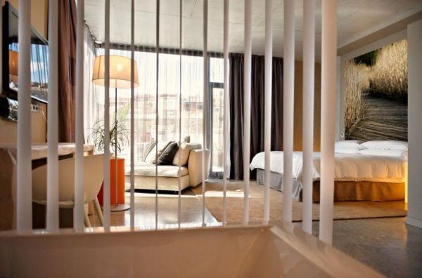 Modern hotel viura in spain by designhouses - Decoracion de interiores para espacios pequenos ...