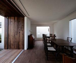 Cafe – house in Akiyama by Makoto Yamaguchi