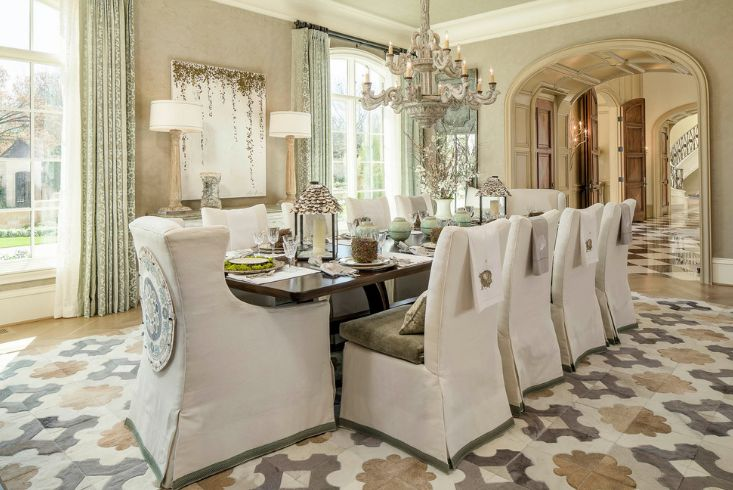 How to choose a chandelier for your dining room chandelir over dining table aloadofball Image collections