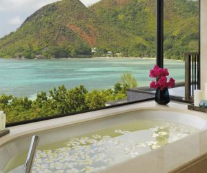 Isolated Resort in Seychelles Makes The Most Of The Local Treasures