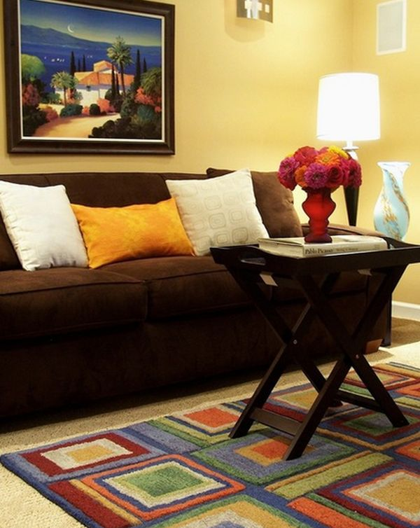 If You Want To Create A Warm And Comfortable Living Room Your Color Scheme Will Make Difference Blend Deep Tones Of Red Brown
