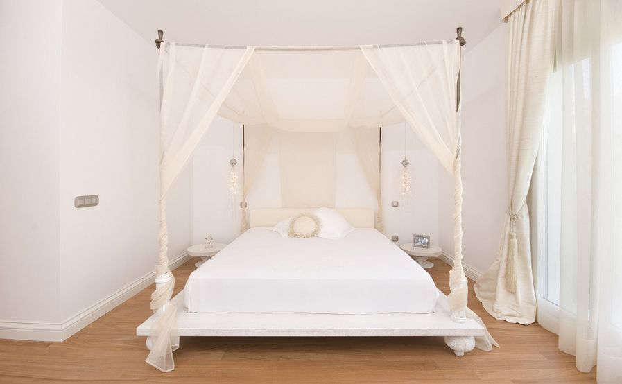 Home Decorating Trends u2013 Homedit & How To Bring Romanticism Into The Bedroom Through Canopy Beds
