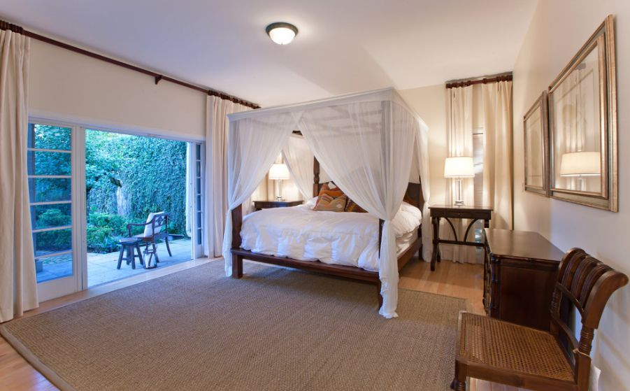 how to bring romanticism into the bedroom through canopy beds