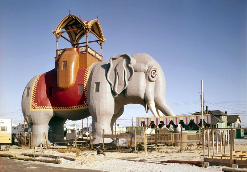 Lucy, The Elephant Shaped Building In New Jersey