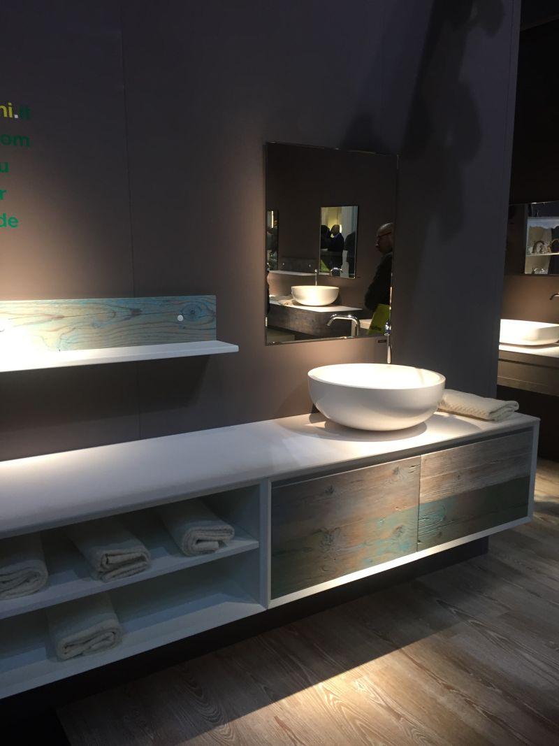 L shaped shelf for bathroom storage