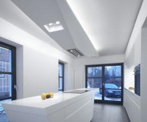 Elegant Jet Kitchen by Kinzo