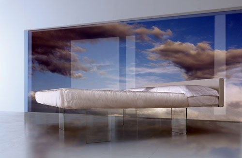 10 Bizarre And Modern Beds