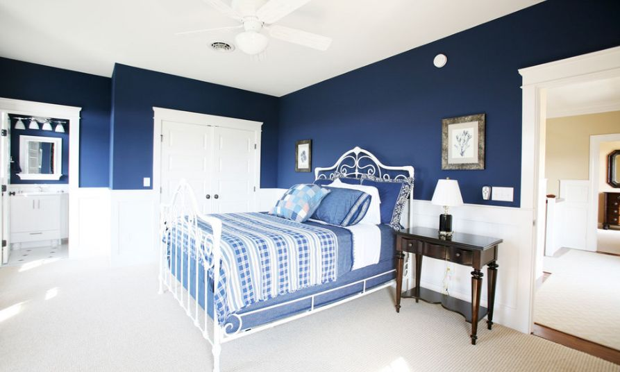 Navy blue. 10 Paint Color Options Suitable For The Master Bedroom