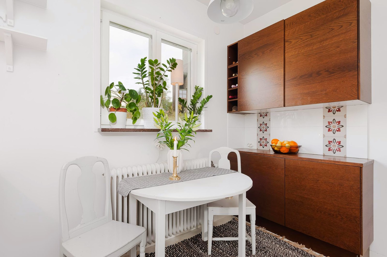 Studio apartment excels in space efficiency with its creative design - Kitchen table small space decoration ...