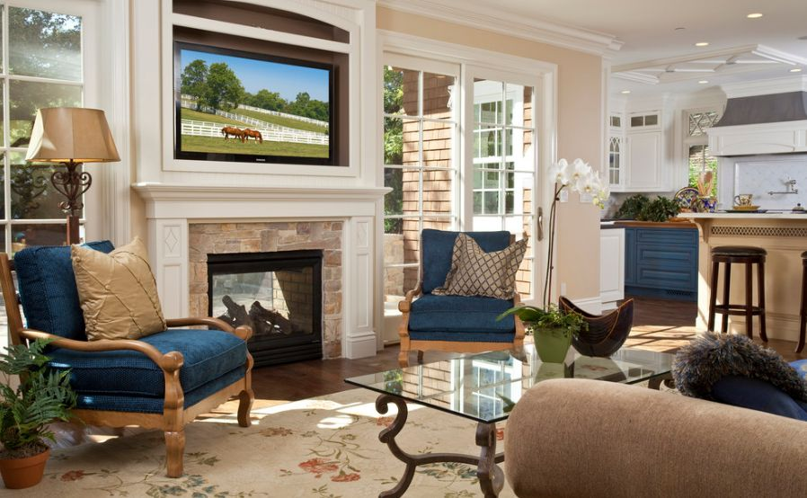 How to decorate and organize the space around a fireplace for Best way to furnish a small living room