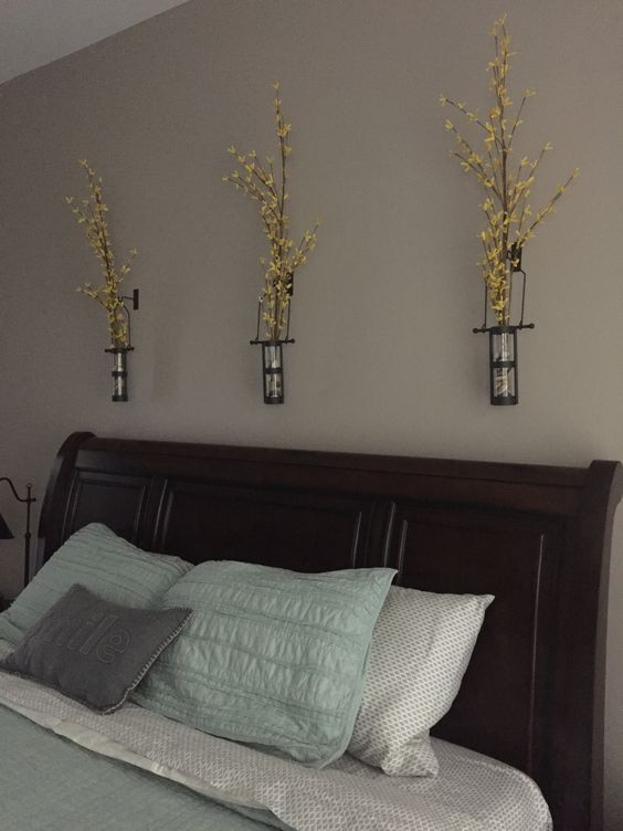 Simple And Elegant Wall Mount Vase