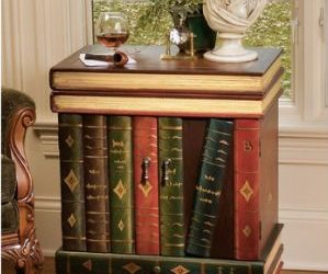 The Lord Byron Wooden Side Table