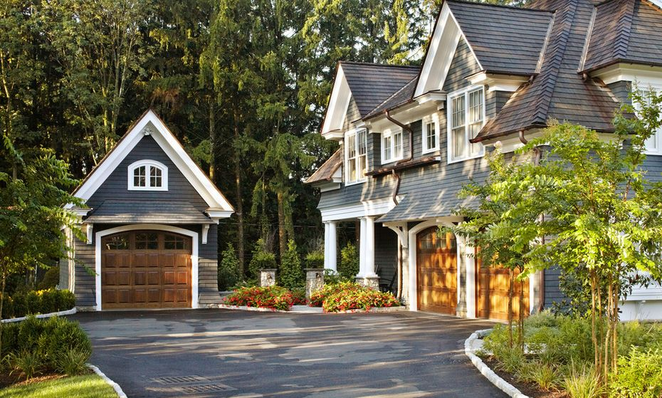 10 ft garage doorGuide For Choosing The Right Garage Door