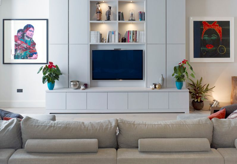 5 Reasons Why You Should Organize Your Living Room Around The TV