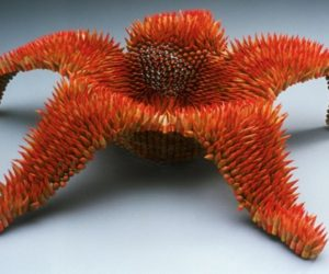Spectacular sculptures made from pencils