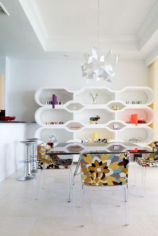 Geometric white living room shelves
