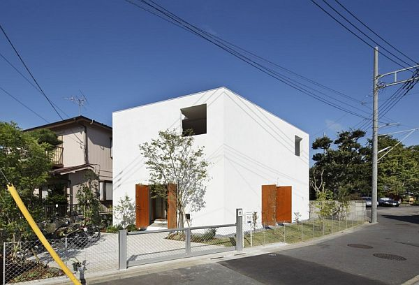 Cat inspired project becomes a unique house in japan for Amazing houses inside and out