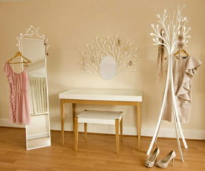 Delicate and Feminine Design Dressing Room Furniture from Eden