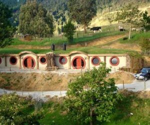 First Hobbit Motel in New Zealand