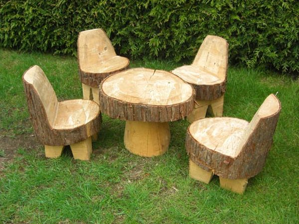 You Can T Go Wrong With Tree Stumps In The Garden And They Be Shaped All Sorts Of Cute Fun Ways For Example This Furniture Set Kids Is