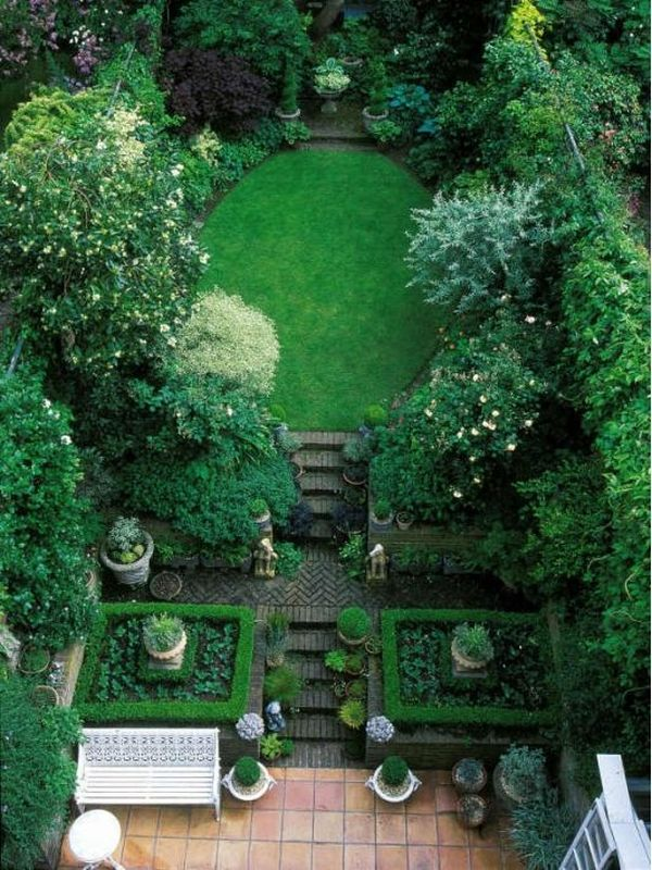 How to make your garden look bigger without expanding Small nice garden