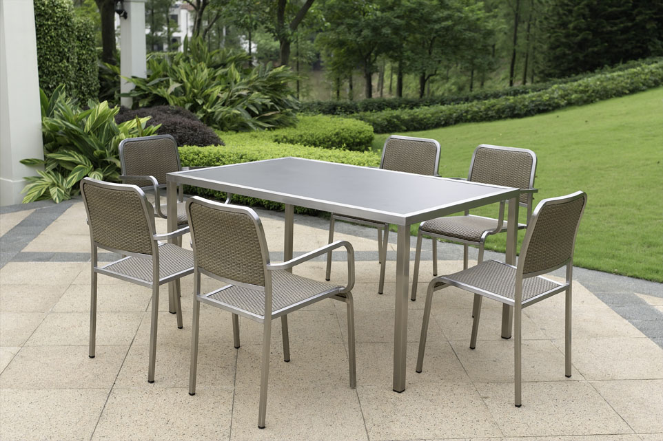 Garden Furniture Steel the best materials for outdoor furniture