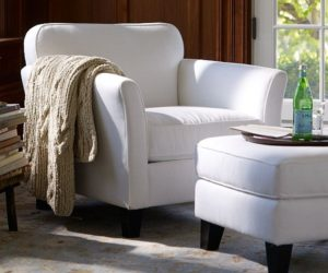 Comfortable and elegant Dylan armchair