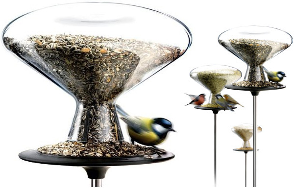 Beautiful And Convenient Bird Table By Eva Solo