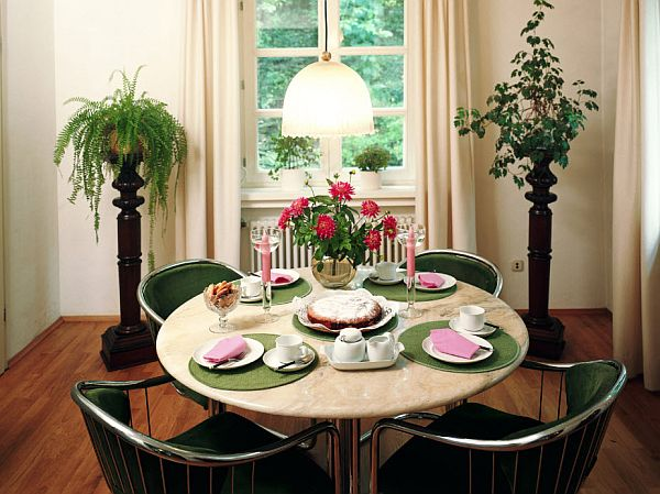 Lovely Interior Decorating Ideas For Small Dining Rooms