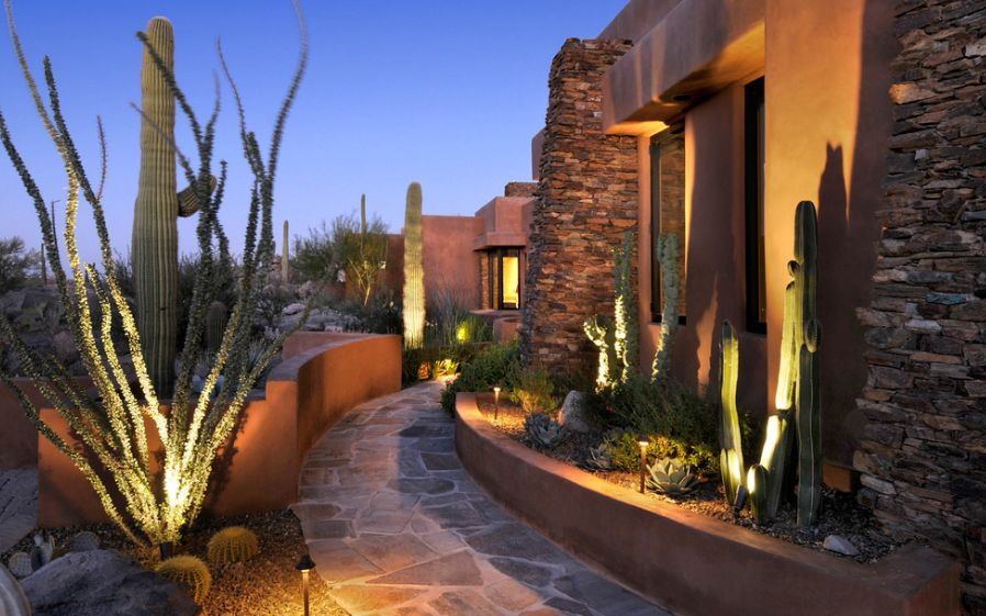 How you can use outdoor lighting to highlight your landscape aloadofball
