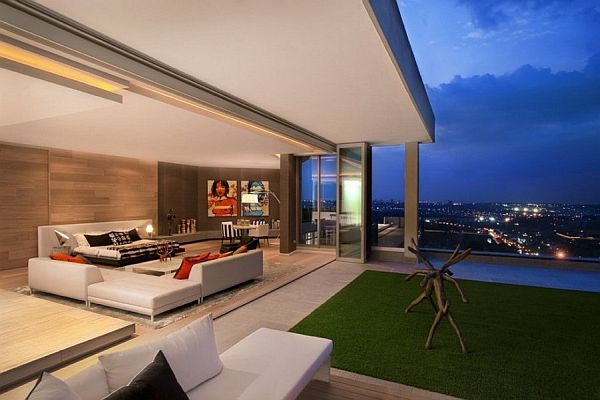 Luxury penthouse in johannesburg for Penthouse apartment los angeles