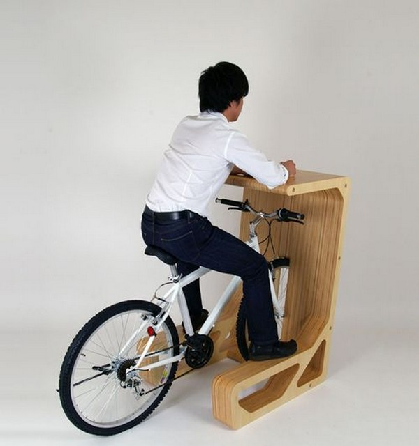 Perfect PIT IN Table For You And Your Bike Pictures
