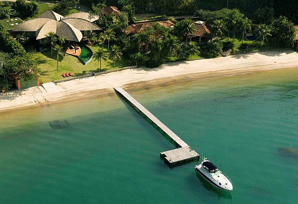 Superior Tropical Brazilian Leaf House Design