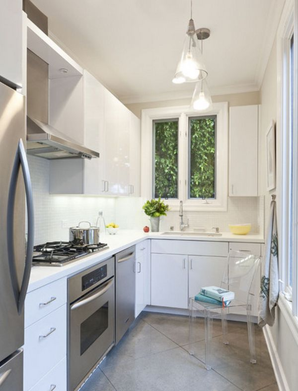 Smart ways to organize a small kitchen 10 clever tips for Two way galley kitchen designs