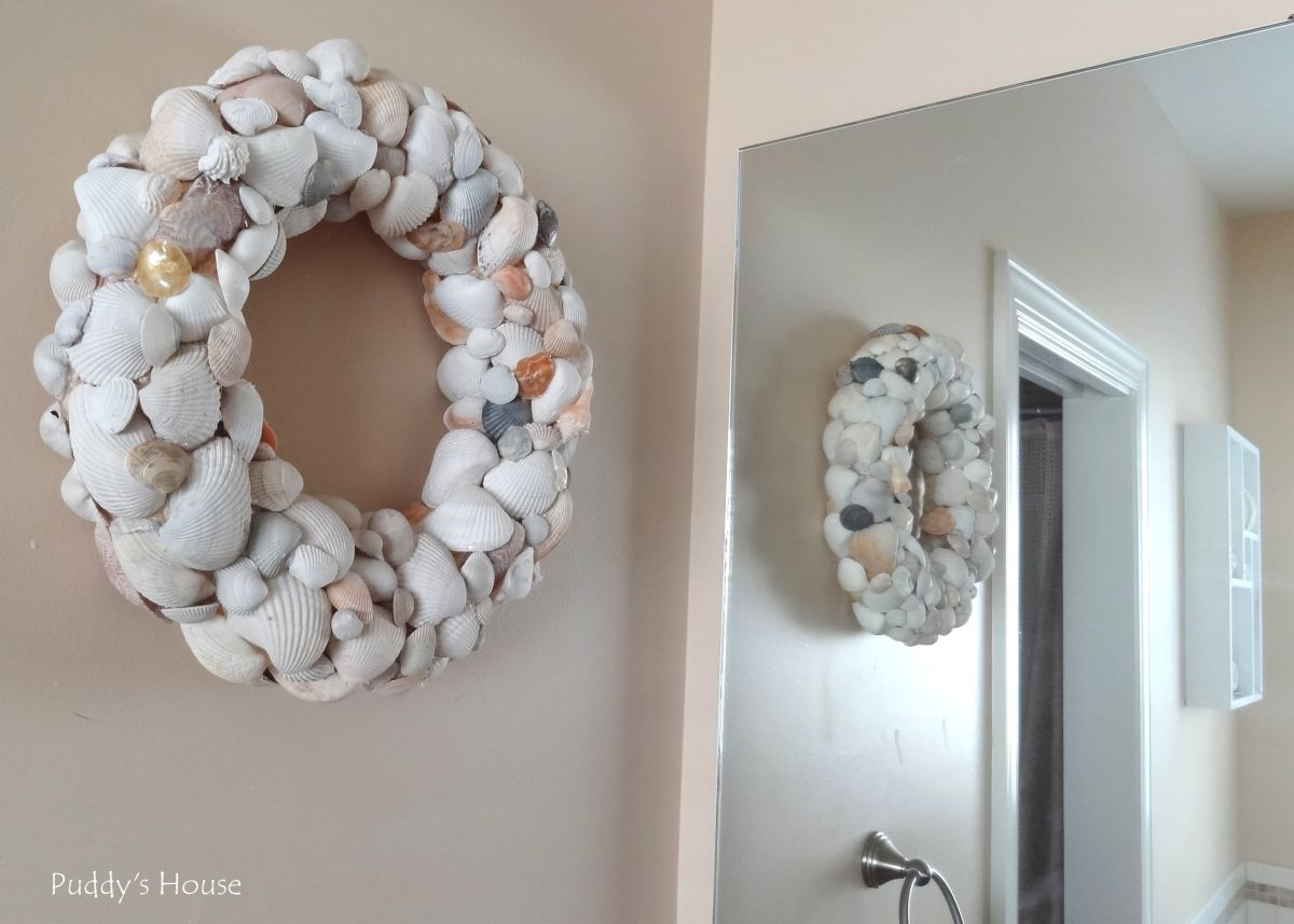Cool Seashell wreath