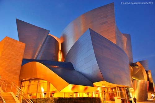 Impressive Walt Disney Concert Hall By Frank Gehry In