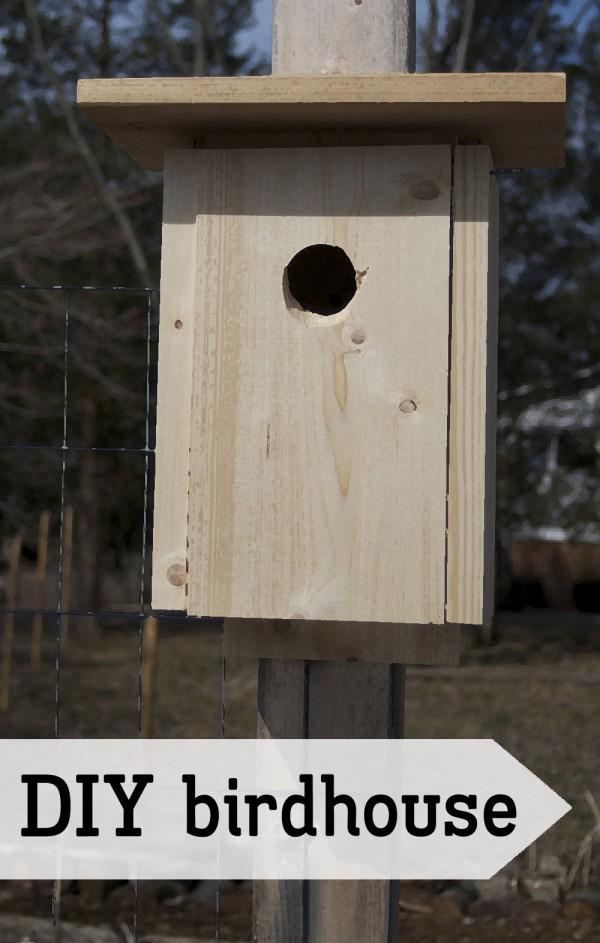 Simple rectangular birdhouse