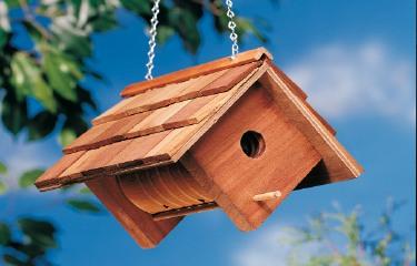 Cute DIY Birdhouse