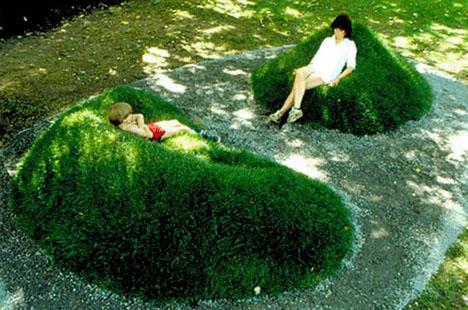 grass-ground-mound-seating