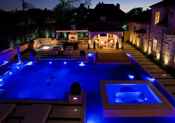 15 poolside area design ideas and how to change your house for Pool design games