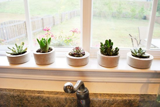 Practical DIY Concrete Planters | title