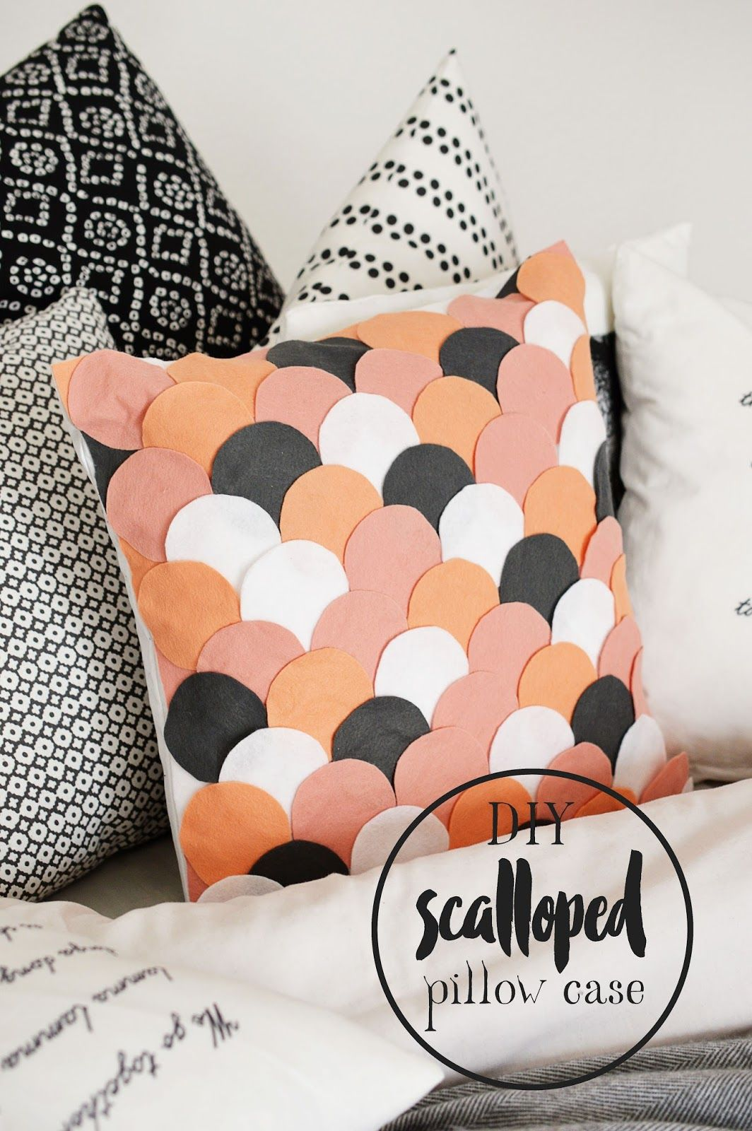 DIY Scalloped Felt Pillow