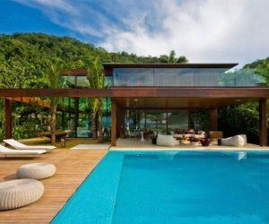 Gorgeous Laranjeiras Residence in Rio de Janeiro